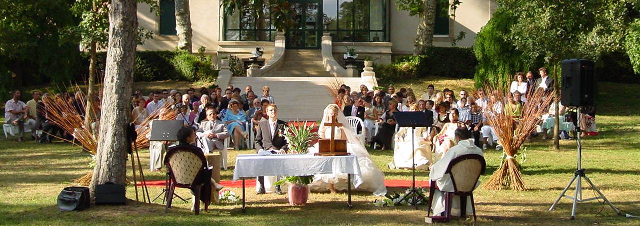 Mariage dans le jardin du Château de Laborde